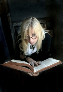 Readers Love to Eavesdrop
