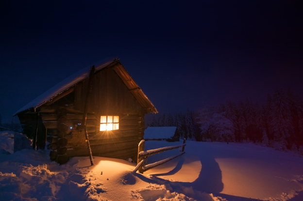 A Wintertime Mountain House in the Sye Fantasy World